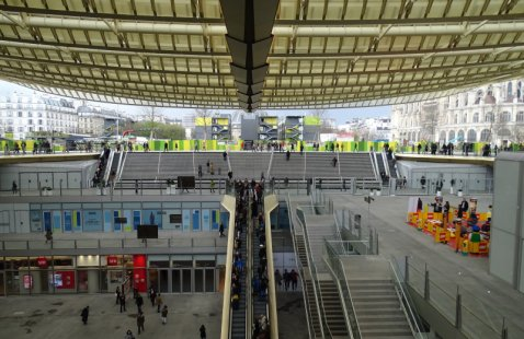 Le forum des halles photos - Magasin chatelet les halles ...