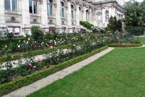 Le jardin des combattants de la nueve for Les jardins de la ville paris
