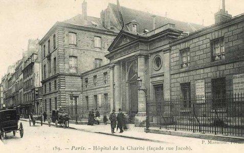 10 rue du casino lhopital
