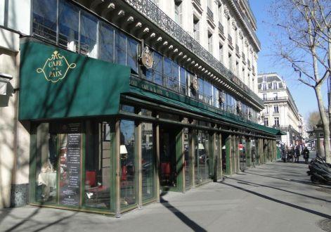 Caf Ef Bf Bd Dans Un Palace Paris