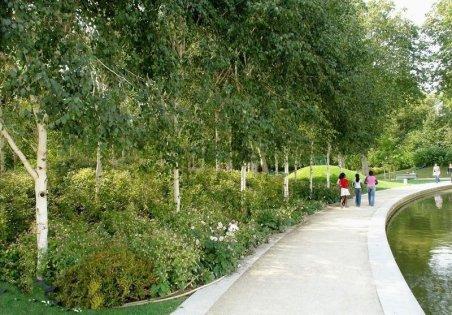 Le Parc de Bercy : Le Jardin romantique