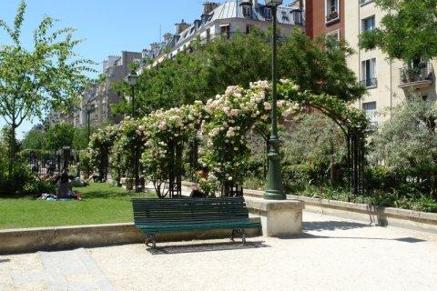 La promenade pereire for Les jardins de la villa porte maillot