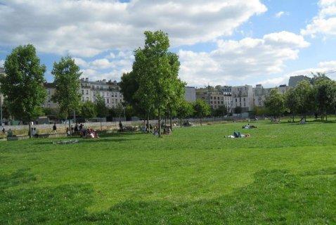 Le centquatre paris for 104 rue du jardin paris