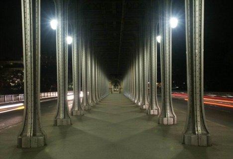 Le Pont De Bir Hakeim