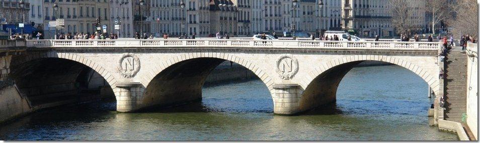 Saint Michel Paris France le Pont Saint Michel à Paris